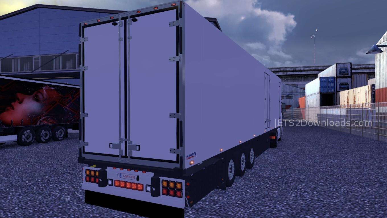 plain-trailer-flare-1